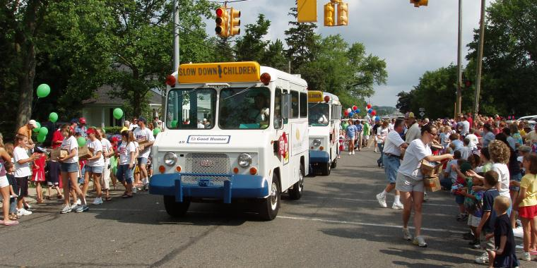 Reserve a Vintage Ice Cream Truck